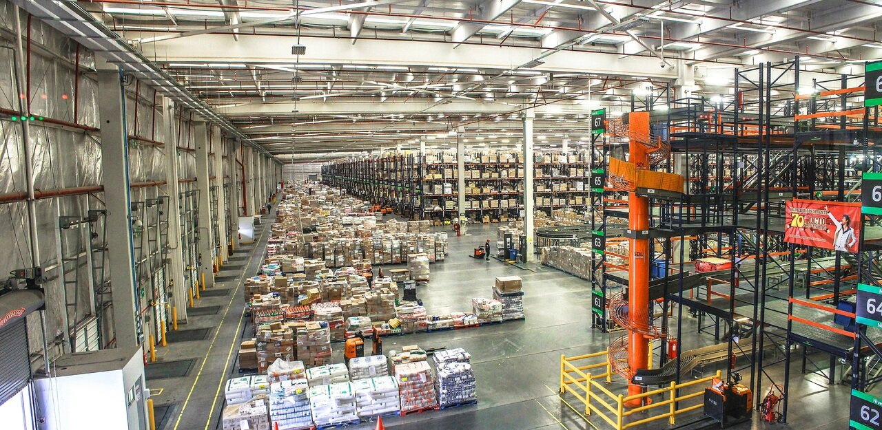discuss in detail the distribution and logistics system adopted by wal mart Walmart's distribution and logistics system comau/2012/02/analyzing-wal-marts-distribution-and system: an successful adoption of lean.