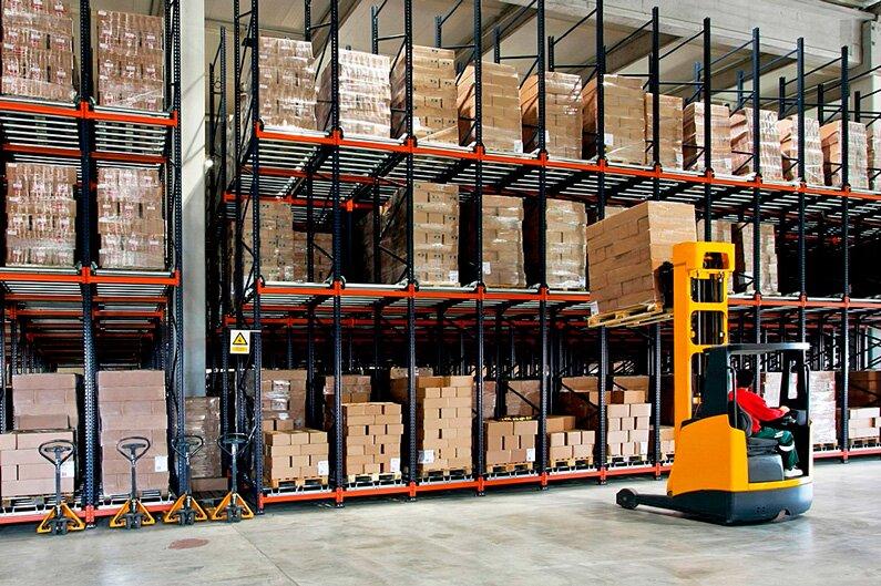 Управление запасами торговой фирмы: методы, стратегии и оценка эффективности